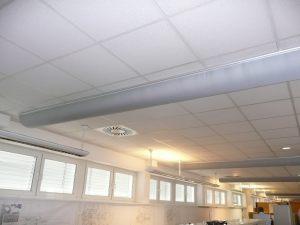 Kienzler-Luftschlauch-Gewerbe-Buero-11Kienzler-Luftschlauch-Krankenhaus-Labor-03-Textilluftschlauch-Luftverteilsystem