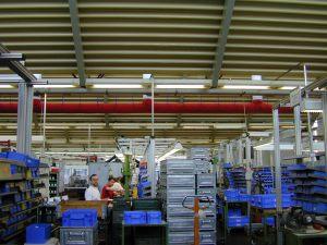 Kienzler-Luftschlauch-Industrie-Handwerk-11Kienzler-Luftschlauch-Krankenhaus-Labor-03-Textilluftschlauch-Luftverteilsystem