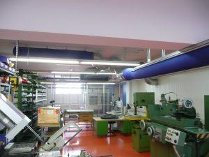 Kienzler-Luftschlauch-Industrie-Handwerk-17Kienzler-Luftschlauch-Krankenhaus-Labor-03-Textilluftschlauch-Luftverteilsystem