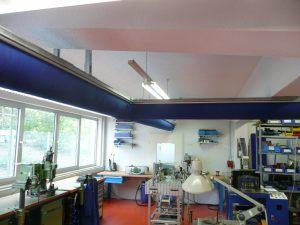 Kienzler-Luftschlauch-Industrie-Handwerk-18Kienzler-Luftschlauch-Krankenhaus-Labor-03-Textilluftschlauch-Luftverteilsystem