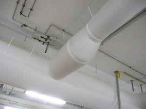 Kienzler-Luftschlauch-Industrie-Handwerk-19Kienzler-Luftschlauch-Krankenhaus-Labor-03-Textilluftschlauch-Luftverteilsystem