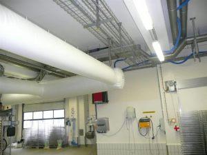 Kienzler-Luftschlauch-Lebensmittelindustrie-07Kienzler-Luftschlauch-Krankenhaus-Labor-03-Textilluftschlauch-Luftverteilsystem