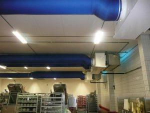 Kienzler-Luftschlauch-Lebensmittelindustrie-09Kienzler-Luftschlauch-Krankenhaus-Labor-03-Textilluftschlauch-Luftverteilsystem