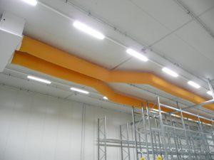 Kienzler-Luftschlauch-Lebensmittelindustrie-14Kienzler-Luftschlauch-Krankenhaus-Labor-03-Textilluftschlauch-Luftverteilsystem